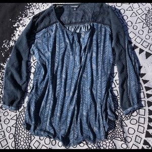 Lucky Brand Lace Detailed Navy Top